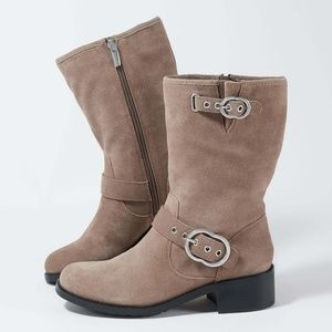 New Vince Camuto Wilan suede boot